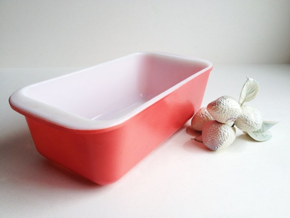 Flamingo Pink Vintage Pyrex Loaf Pan 1 5 Quart Oblong