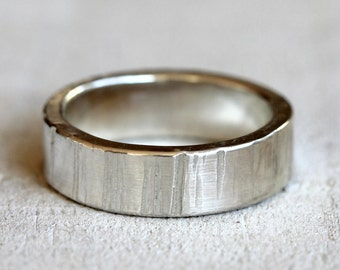 Men's tree bark wedding band