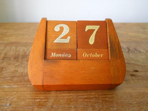 Reserved * Wooden Block Perpetual Calendar