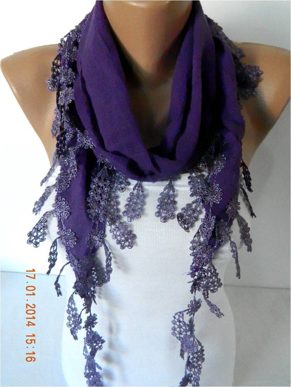 Here at Scarf Room we select only the finest and highest quality ladies' purple scarves. With various styles of purple coloured scarf to choose from including plain block purple coloured scarves, purple patterned scarves and purple print scarves, find the perfect women's purple scarf at Scarf .