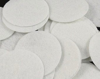 """1.25"""" Felt Pad circles white-colors Perfect size to make beautiful doble-triple shabby flower clips- headbands, Flowers cover back Set of 10"""