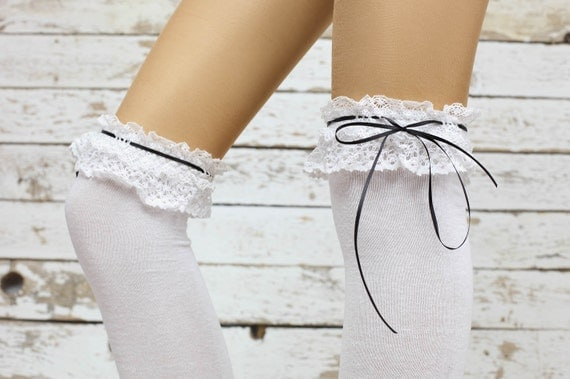 chaussettes blanches blanc dentelle bas par dayfitfashion sur etsy. Black Bedroom Furniture Sets. Home Design Ideas