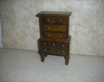 1:12 scale Vintage Dresser