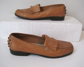 Woman's Talbots Comfort Flat Walking Brown Leather Loafers Kiltie Shoes Size 7 Vintage SH774s