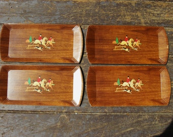 Fox Hunt trays. SET of 4. Vintage, Wood Grain, Buffet Trays with handsome Lithograph. Made by Hasko - Haskelite. Horses and Dogs -lot 3