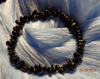 massive stretchy natural black tourmaline   chip bracelet pure positive energy