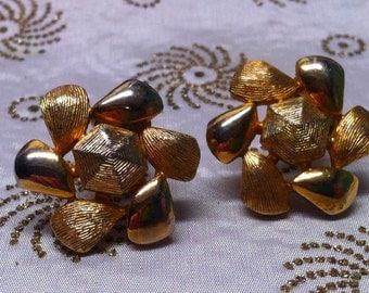 Vintage Emmons Gold-Tone Atomic Sunburst Flower Clip Earrings