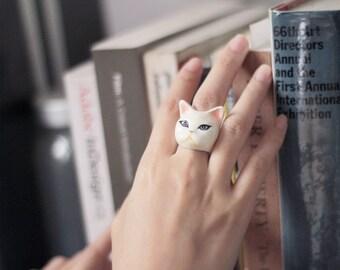 Plub, Cat Ring