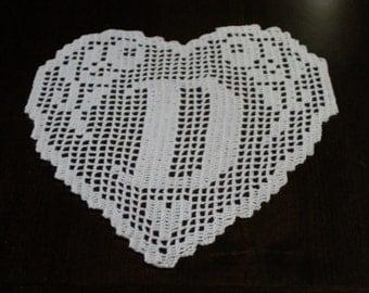 """PATTERN crochet filet schema lettera """"D""""  MONOGRAMMA  a  cuore fatto all'uncinetto filet.pdf"""