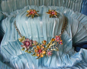 Enamelled and Rhinestone Vintage Necklace Set