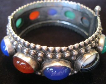 Vintage 800 Silver Genuine Cabechon Stones Hinged Bangle Bracelet