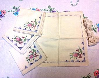 Set of 4 Vintage Handmade & Embroidered Napkins