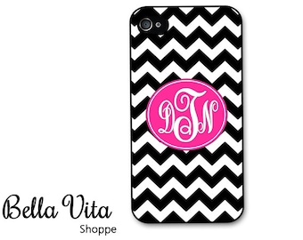 iPhone 4 Case - Black Chevron with Hot Pink Monogram iPhone 4 Cover Personalized - Chevron iPhone 4 Case I4C