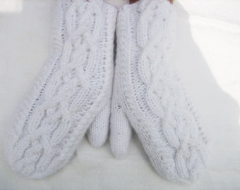 Gloves Mittens White Cable Warmer Handmade Women,white mittens, White with Cable Gloves Knitted, winter accessory, woman gloves