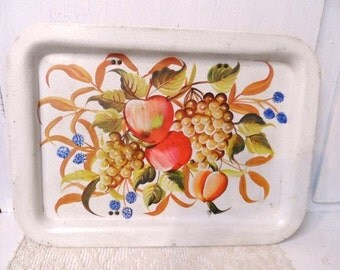 Metal Serving Tray with Retro FRUIT Design- Old Serving Tray- Vintage Artwork- Vintage Kitchenwares- Retro Wall Art