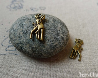 20 pcs of Antique Bronze 3D Deer Charms 7x19mm Double Sided A5553