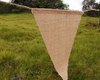 "8"" x 10"" Triangle  Burlap Banner (12 Pack)"