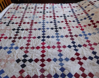 Handquilted Queen size quilt done in desert patch design
