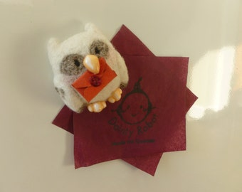 Needle Felt Hedwig Magnet With Letter