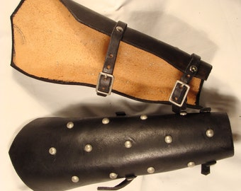 Pair of Leather Bracers Armguards w/belts LARP Cosplay armor Plain or Studded