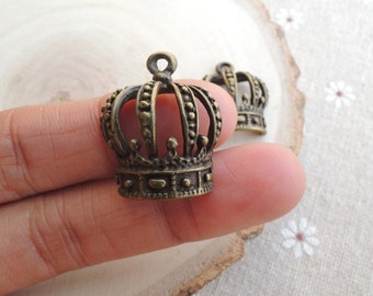 10Pcs  24X21mm Antique Bronze  Crown charm  (A029)