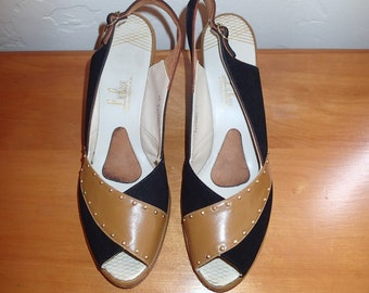 1940's Velvet and Tan colored Peep-toe Wedges Larger Size