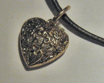 HEART PENDANT on leather cord