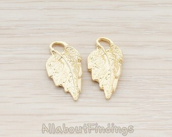 PDT289-MG // Matte Gold Plated Textured Leaf Pendant, 6 Pc