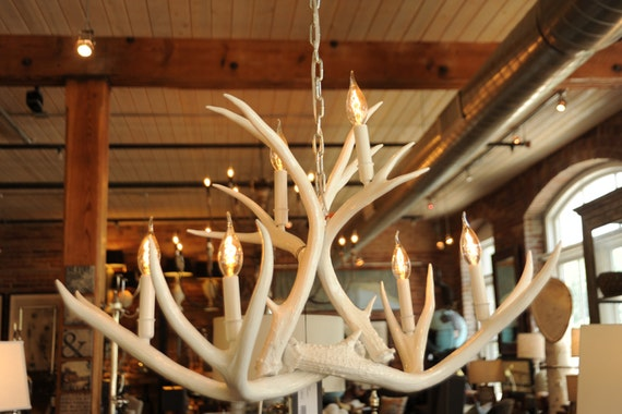 White Real Antler Chandelier Modern Mule Deer High Gloss – Real Deer Antler Chandelier