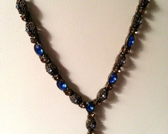 Beautiful Vintage Rhinestone Y-Necklace