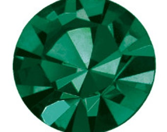 emerald flatback crystals/rhinestones - one gross