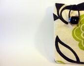 Étui pour cellulaire, téléphone portable, pochette pour IPhone/Android avec fermeture à bouton et élastique - Fleurs vertes et noires