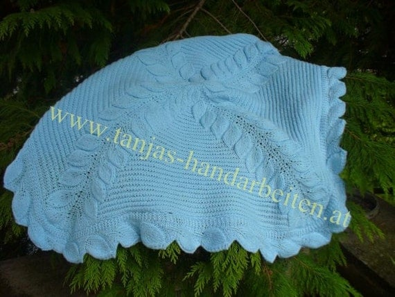 Knitting Pattern For Leaf Design Baby Blanket : Leaves Baby Blanket Knitting Pattern