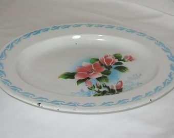 Bumper Harvest Enamelware Tray with Dogberry Flowers, 1950's