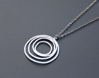 Swirl Circle Pendant Necklace, Silver Circle Necklace, Simple Circle Necklace, Everyday Jewelry, Modern Wedding Jewelry, gifts, JEW000175