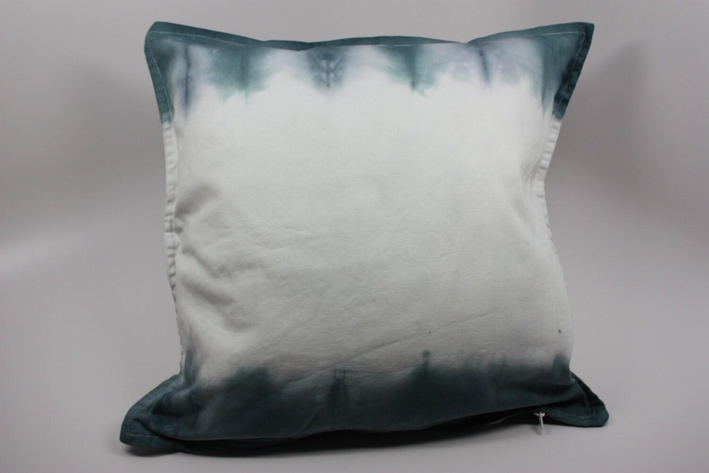 tie dye pillow 20x20