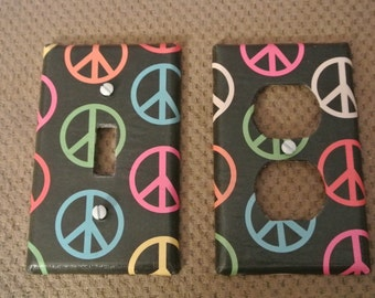 Switch plate cover - Rainbow Peace Sign