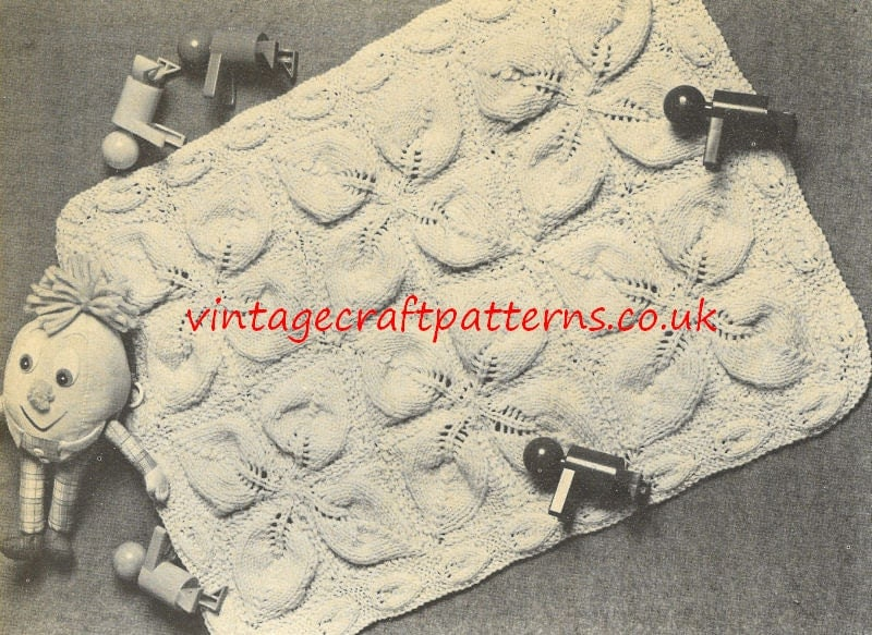 Knitted Sock Pattern Free : Big leaf pram blanket chunky vintage baby knitting by Ellisadine