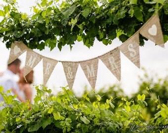 MR & MRS Burlap Banner, Bunting, Garland, Pennant, Photo Prop, Wedding Decor