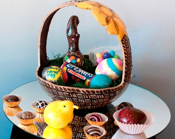 """A Gourd Easter basket entitled """"Peep Finds A Home"""" is completely made from gourds."""
