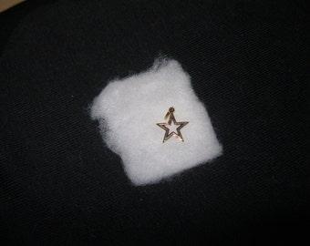 "Vintage ""STAR"" Charm"