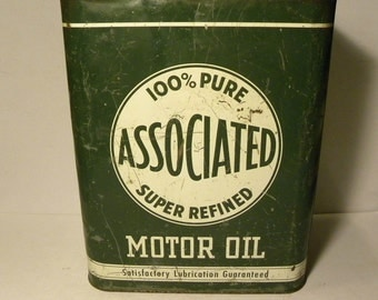 Associated 2 gal. Motor Oil Can.  RARE.  Petroliana,Automobilia,Advertising