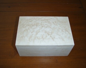Birdseye Maple Box - 6w x 4d x 3h - lined with black felt