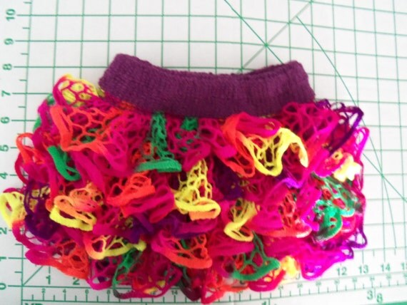 Baby or Toddler ruffled skirt made with Starbella yarn
