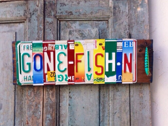 Items similar to gone fishing license plate wall art on etsy for Fishing license il
