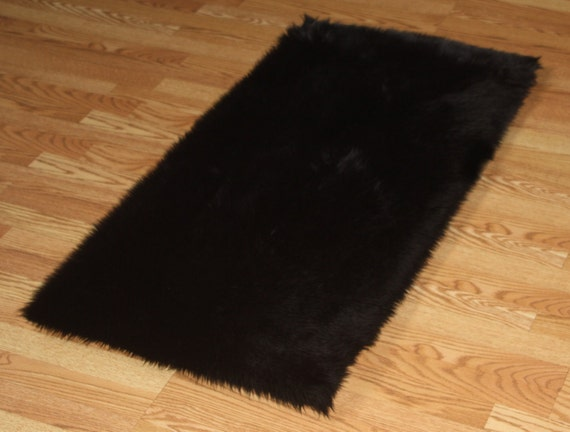28 black faux fur rug 5 x 7 premium black faux fur rug non