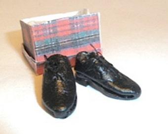 shoes men's black leather tie dollhouse miniature 1/12 scale