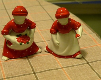 2 Ladies Red Salt and Pepper Shakers