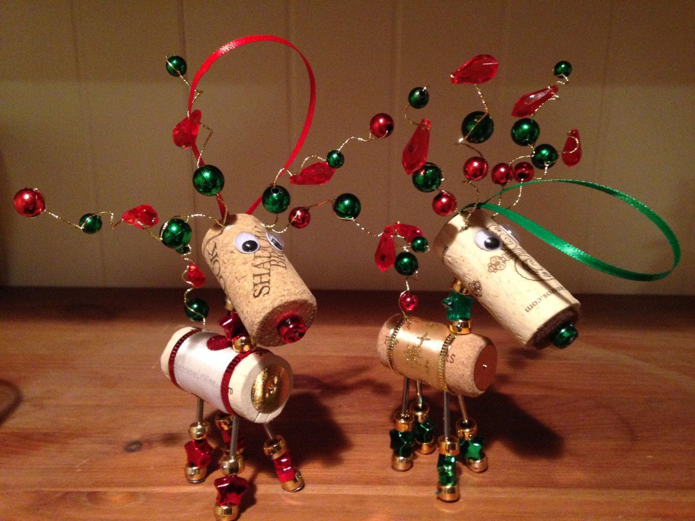 Wine cork reindeer christmas ornaments - Como hacer decoraciones navidenas ...