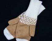 Fairisle mittens - White and camel
